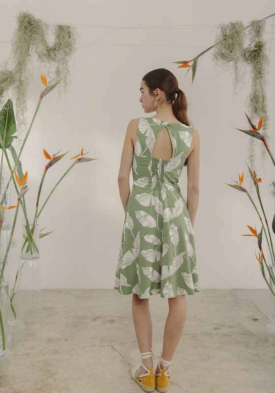 vestido-corto-verde-estamapdo-hojas-poirot