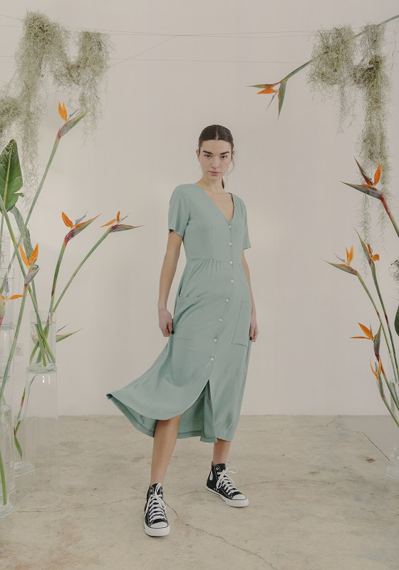 vestido-thiel-verde-agua-mangas-cortas