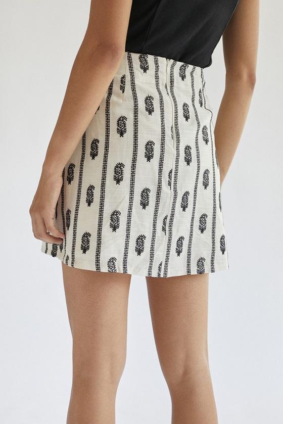 falda-lino-bordado-plumas-celia