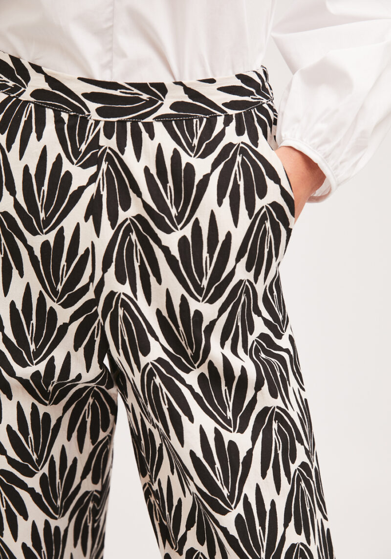 pantalones-blanco-negro