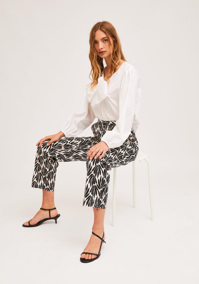 pantalones-blanco-negro-estampado