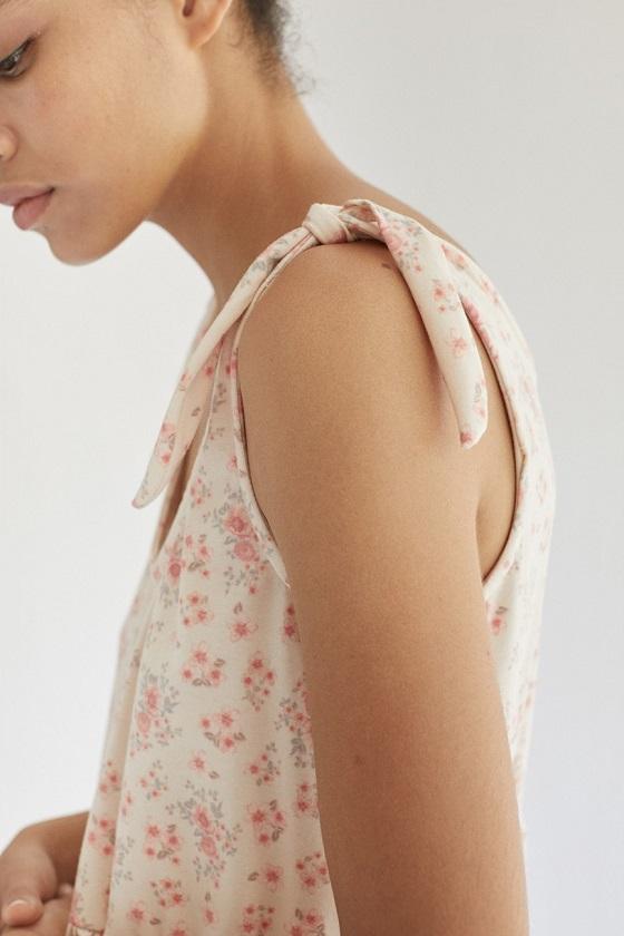 vestido-corto-estampado-flores-lazo-catalina