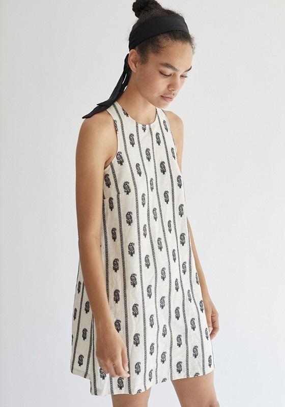vestido-corto-lino-plumas-candelaria