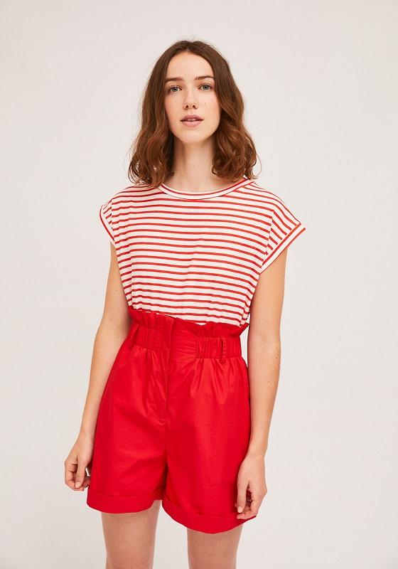 camiseta-rayas-rojas-blancas