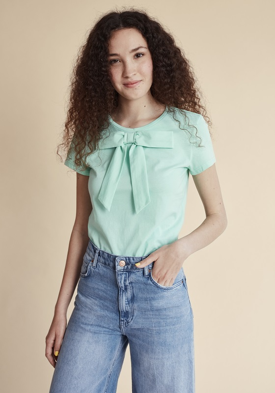 camiseta-manga-corta-lazo