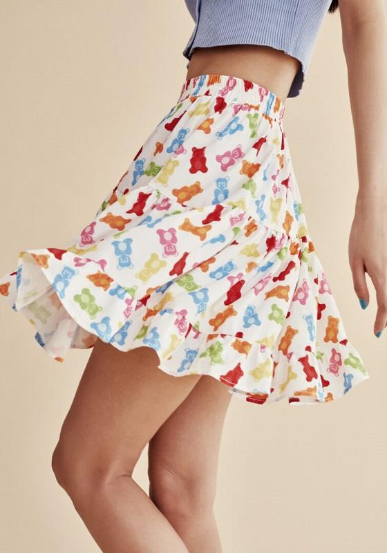falda-corta-estampado-gummies