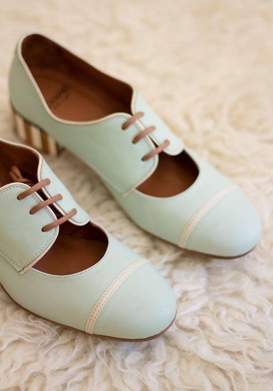 zapatos-vintage-cordones-turquesa-pastel