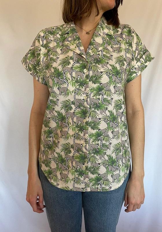 camisa-mangas-cortas-estampado-lemures
