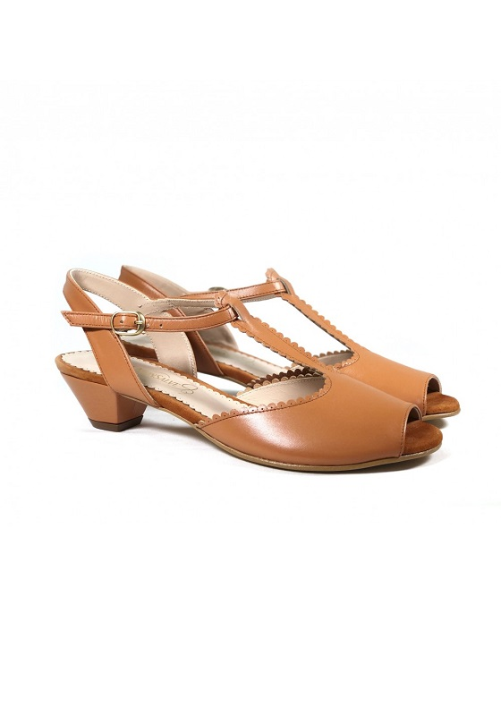 sandalias-bajas-marrones