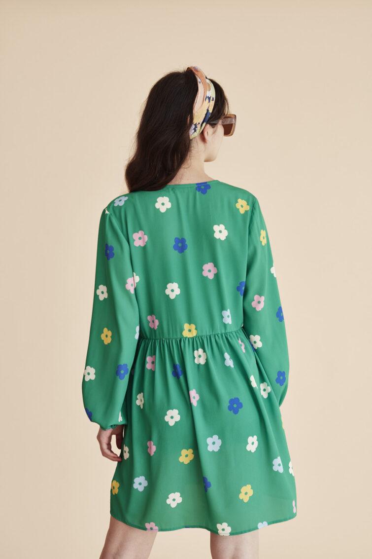 vestido-mangas-largas-verde-estampado-flores