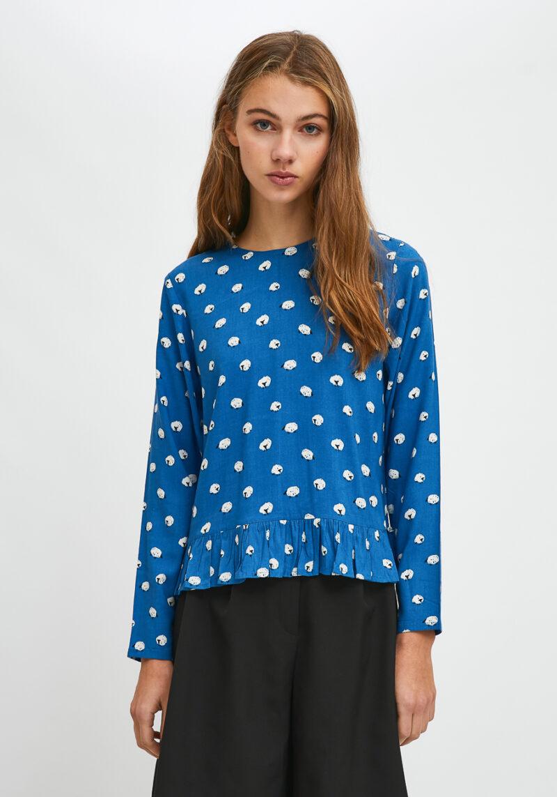 blusa-azul-estampado-ovejas