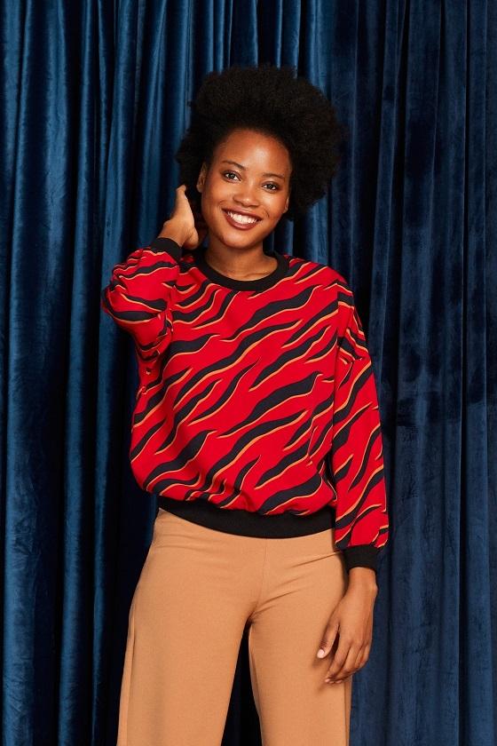 blusa-mangas-largas-roja-animal-print