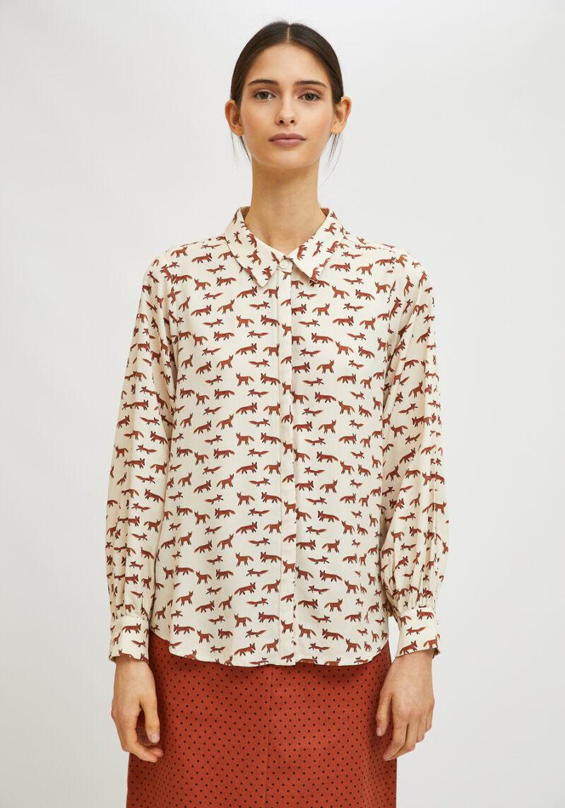 camisa-mangas-largas-estampado-zorros
