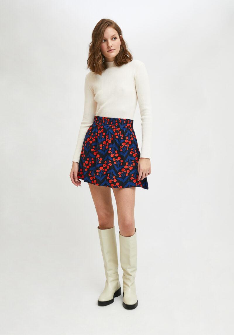 falda-corta-estampado-flores-amapolas