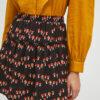 falda-corta-estampado-setas