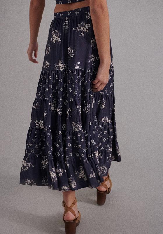 falda-larga-martina-azul-estampado-flores-blancas