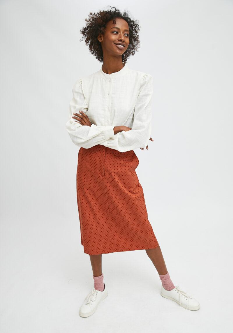 falda-marron-con-topos-negros-velour