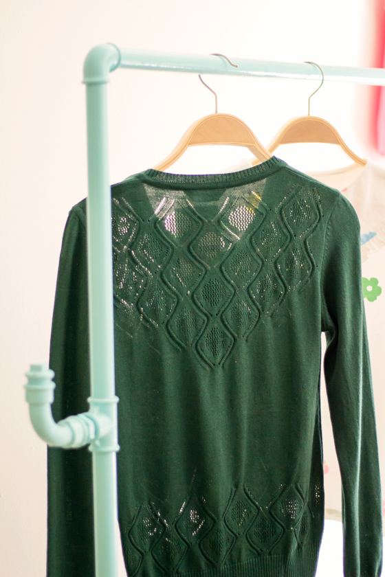 rebeca-verde-botella-calados