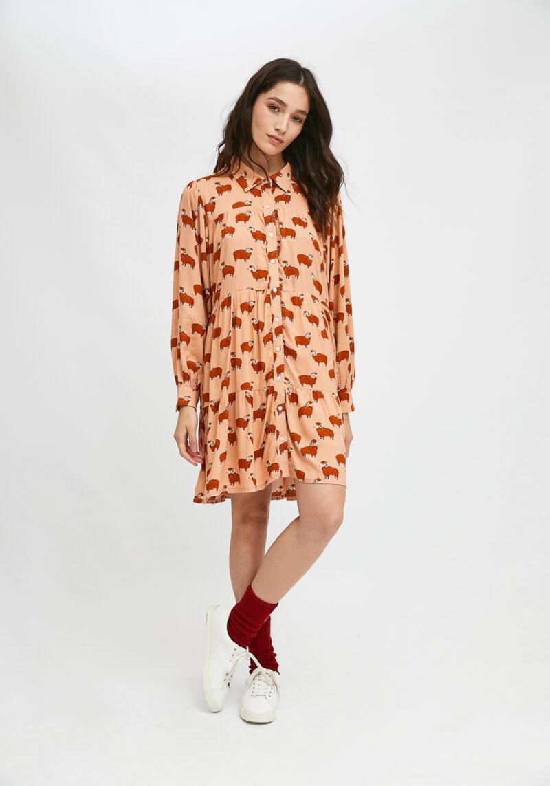 vestido-camisero-corto-con-animal-print-carnero