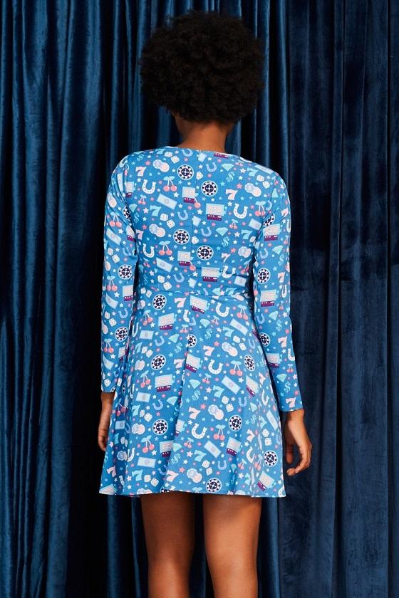 vestido-corto-azul-estampado-lucky