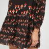 vestido-corto-estampado-setas-cuello-redondo