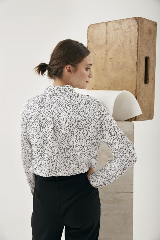 camisa-blanca-print-letras-negras