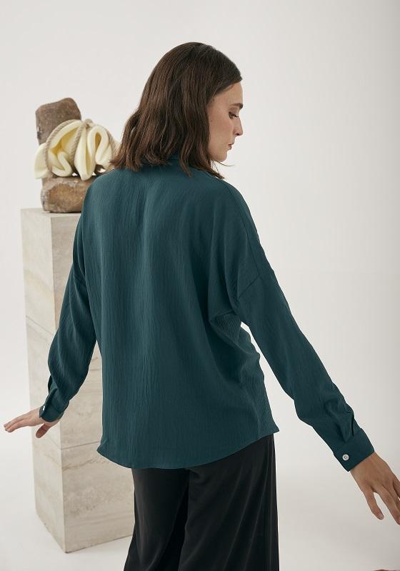 camisa-verde-mangas-largas