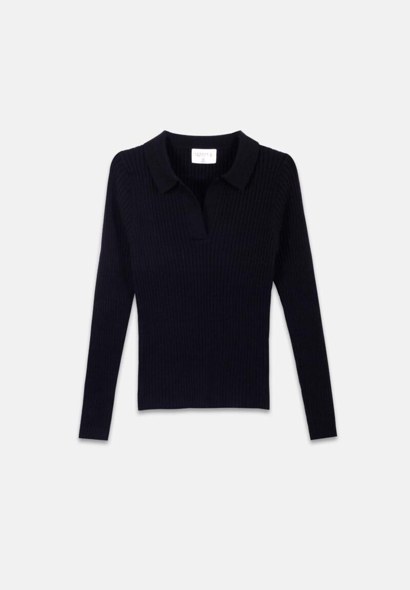 jersey-negro-escote-pico