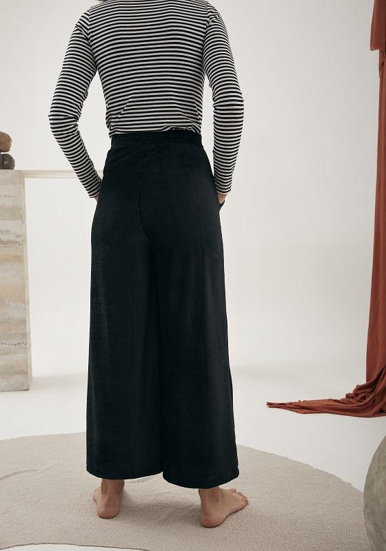 pantalon-pana-negro-elastico-cintura