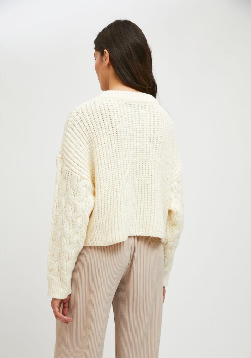 jersey-blanco-roto-mangas-largas