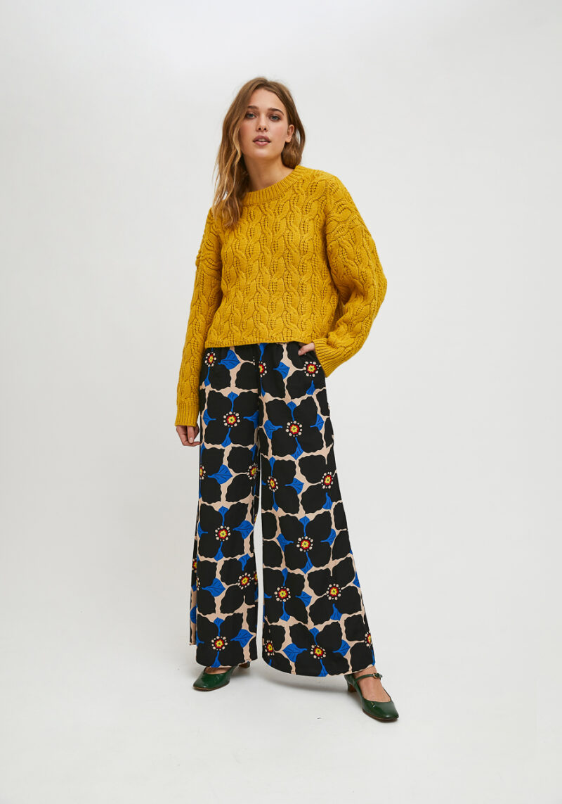 jersey-mostaza-trenzado-mangas-largas