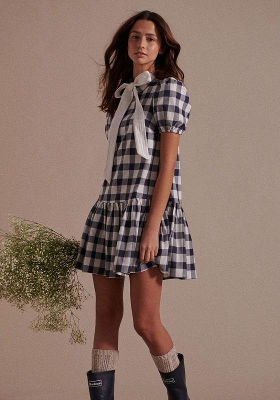 vestido-cuadros-azules-lazo-blanco